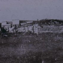 Image of Sioux Falls barracks, 1873