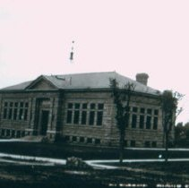 Image of Carnegie Library building, ca. 1905