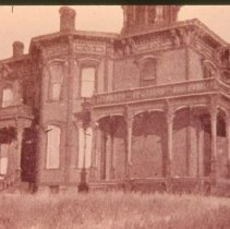 Image of Cameron House (second hospital building in Sioux Falls), 1898