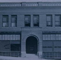 Image of Daily Press Office (212 W. 9th St.), 1905