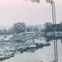 Image of Lower falls of the Big Sioux River and John Morrell's Packing Plant, 1911