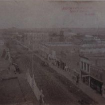 Image of Phillips Ave. (looking north from the Cataract Hotel), 1885