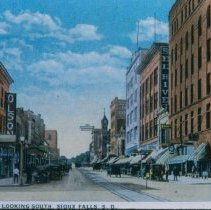 Image of Scenes of Phillips Avenue in Sioux Falls, Since 1920 -