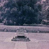 Image of McKennan Park sunken garden, 1937