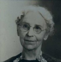 Image of Winona Axtell Lyon, n.d.