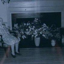 Image of Winona Axtell Lyon, 1943