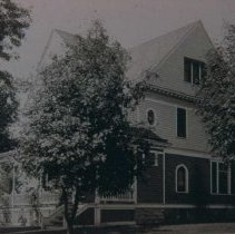 Image of Roy Williams home (303 N. Summit Ave.), ca. 1900