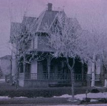 Image of W. T. Doolittle home, built in 1889 (802 W. 10th St.), n.d.