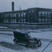 Image of New Whittier School, 1924