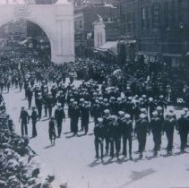 Image of Military parade on Phillips Avenue, 1919