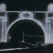 Image of Lighted arch for returning servicemen, 1919