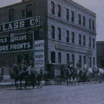 Image of Circus parade (possibly on 6th St.), n.d.