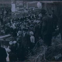 Image of Pulling a suicide victim from Big Sioux River, 1909