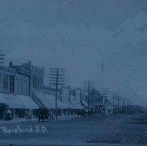 Image of Street scene in Beresford, SD, 1911