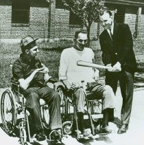 Image of Paul O'Dea, a Cleveland Indians' player, visiting Crile General Hosptial