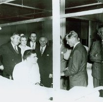 Image of Edward, Duke of Windsor, speaks to a group at Crile VA Hospital, 1950 - 2012.23.69
