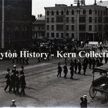 Image of K.1.1.074 - Glass-Plate Negative - Memorial Day - 2nd & Main Sts - Dayton, OH - 1895