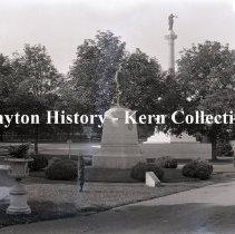 Image of K.5.1.144 - Glass - Plate negative - Statue of Gen. Reynolds, National Cemetery - Gettysburg PA