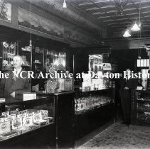 Image of NCR.1998.0773.035 - Glass Plate Negative -- Users - Geo. Rogers Cigars - Omaha, NE  November 20, 1915