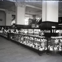 Image of NCR.1998.0775.017 - Glass Plate Negative - Department Store - Bullock's, Los Angeles, CA - Handkerchiefs March 29, 1920