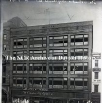 Image of NCR.1998.0776.063 - Glass Plate Negative -  Department Store - The Columbus Dry Goods, Co., Columbus OH, February 3, 1919,  Exterior