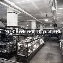 Image of NCR.1998.0776.071 - Glass Plate Negative -  Department Store - Carson, Prarie, Scott- Chicago, IL  Ladies Hats