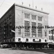 Image of NCR.1998.0777.017 - Glass Plate Negative -- Department Store - Feibleman's Dept. Store, Shreveport, LA Exterior  April 2, 1925