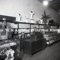 Image of NCR.1998.0783.020 - Glass Plate Negative - Department Store - Strauss & Hirshberg, Youngstown, OH.  June 15, 1918