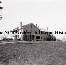 Image of NCR.1998.1113.001 - Unsightly Places in Oakwood - Patterson Homestead - Mrs. Carnell's - Oakwood, OH