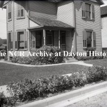 Image of 819 Milburn Ave., Dayton, OH - Yard - September 30, 1914