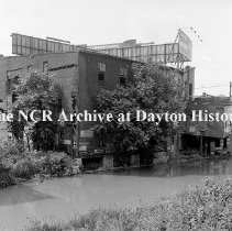 Image of West side of canal south of 5th-Dayton-July 30, 1912