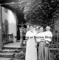 Image of NCR.1998.CD21.35 - Glass negative - Flood -Women & child Patterson saved, Dayton, OH  1913