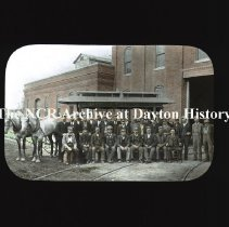 Image of NCR.1998.CD24.11 - Lantern-slides -  Horse car trolley on Oakwood Line- Dayton, OH