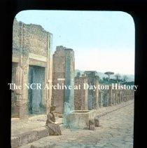 Image of NCR.1998.L0182.009 - Lantern Slide - Italy - Pompeii - Street of Abundancy