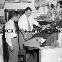 Image of NCR.1998.SRN082.013 - Safety Negative - Grocery- Dorothy Lane Market, Dayton, OH  July 10, 1952