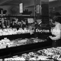 Image of NCR.NSN.0772.005 - Users - L. R. Steel Co. - Department Store - Interior Including Toy Department, Wilmington, DE December 2, 1920