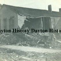 Image of 1913 Flood - Damaged home - Dayton, OH