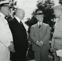 Image of P.2005.33.1185B - Photograph - Wright Memorial - Dedication ceremony, Dayton, OH August 19, 1940 Left to right: Captain Kenneth Whiting, General Inspector of Naval Aircraft, Eastern Division; Colonel Edward A. Deeds, Chairman of the Memorial Commission; Orville Wright; and Major-General Henry H. Arnold, Chief of the Army Air Corps.
