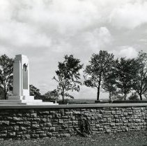 Image of P.2005.33.1203 - Photograph - Wright Memorial - Exterior of memorial, Dayton, OH August 25, 1940