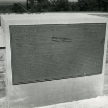 Image of P.2005.33.1210 - Photograph - Wright Memorial - Exterior of memorial, Dayton, OH August 1, 1940