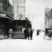 Image of P.2005.33.1240 - Photograph - Streetcars of Dayton, Ohio - Streetcars in front of Beckel Hotel, near Fourth and Main streets, Dayton, OH