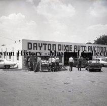 Image of P.2012.50.21569 - Negative, Film - Dayton Dixie Auto Auction - Exterior - July 1971