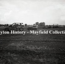 Image of P.2012.50.24207 - Negative, Film - Town & Country Construction Site at Stroop & Far Hills Ave - September 11, 1950