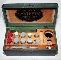 Image of 1964.2.56 - Synthetic Porcelain, De Trey's
