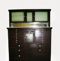 Image of 1969.300.1 - Cabinet, Dental