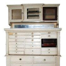 Image of 1971.300.1 - Cabinet, Dental
