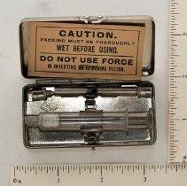 Image of FIC09.11.20 - Syringe, Hypodermic Glass