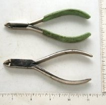 Image of FIC09.18.276 - Pliers (2)