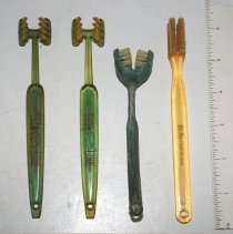 Image of FIC10.4.4 - Toothbrushes, Gum (4)