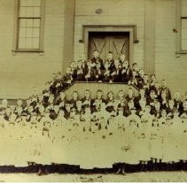 Image of Students in front of Saint Mary School - Delaware